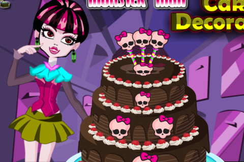 MonsterHigh Cake Maker